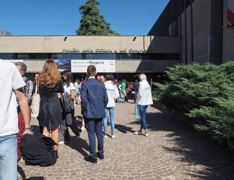 Congressi för dei för Palazzo dellacultura e i bolognaen arkivfoton