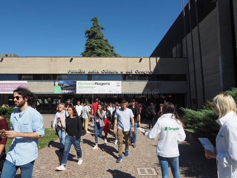 Congressi för dei för Palazzo dellacultura e i bolognaen arkivbild