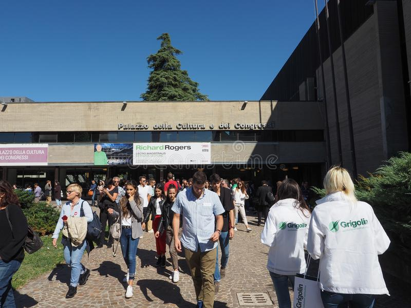 Congressi för dei för Palazzo dellacultura e i bolognaen royaltyfri foto