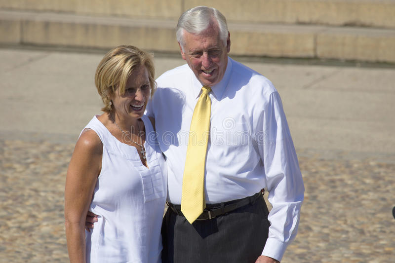 Congressista Steny Hoyer de Maryland e esposa fotos de stock royalty free