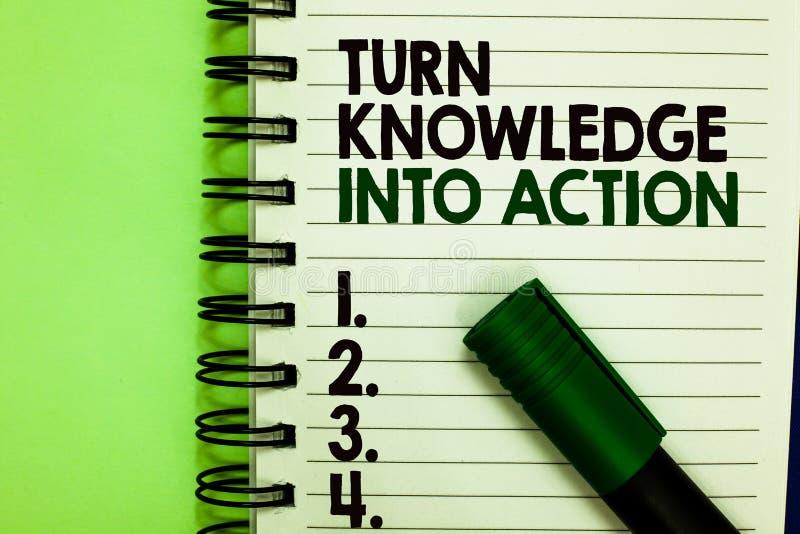 Conhecimento da volta do texto da escrita na ação O significado do conceito aplica-se o que você aprendeu as estratégias da lider imagem de stock royalty free