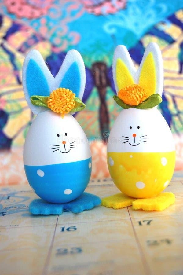 Coniglietto di pasqua dell'uovo fotografia stock libera da diritti