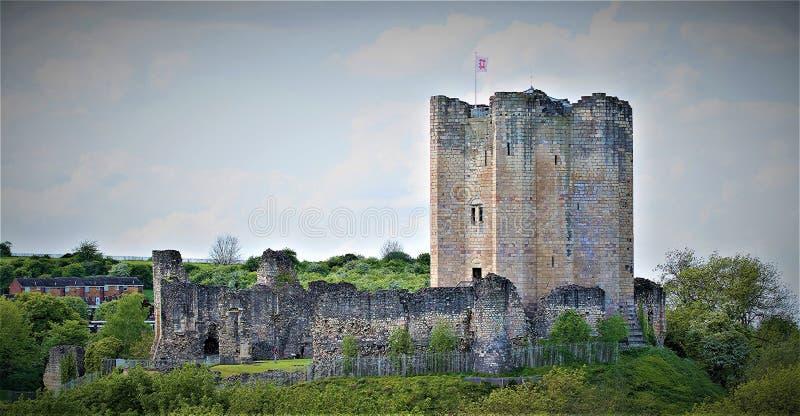 Conisbrough slott royaltyfria bilder