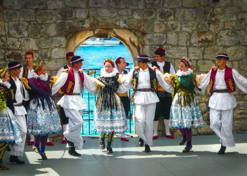 Conjunto étnico Dubrovnik Croacia de los bailarines imagen de archivo libre de regalías