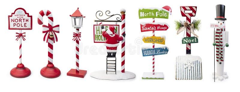 Conjunto de signos de Navidad aislados en fondo blanco, ruta de recorte incluida fotos de archivo libres de regalías