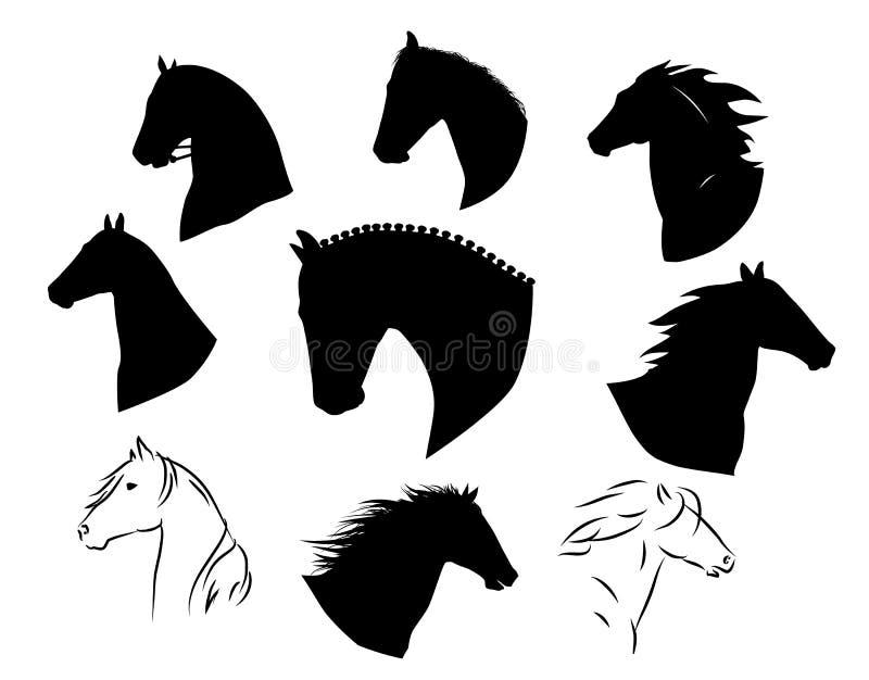 Conjunto de siluetas de caballos vectoriales negros dibujados a mano libre illustration