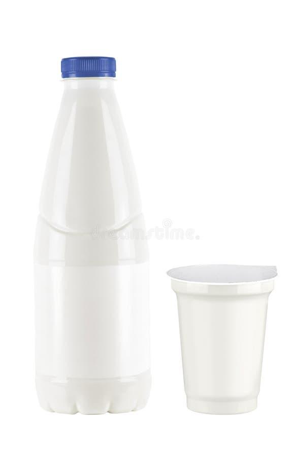 Conjunto del yogur y de la leche imagenes de archivo