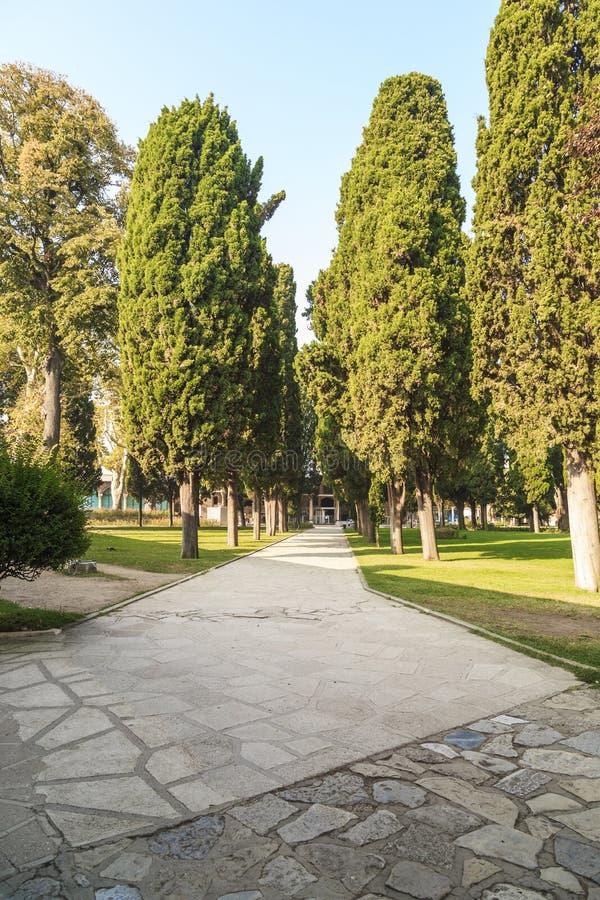 Conjunto do palácio de Topkapi, Istambul do palácio e do parque foto de stock royalty free