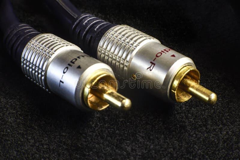 Connecteurs audio plaqués or de rca images stock