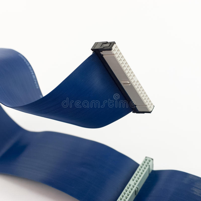 Connecteurs d'ide avec des câbles plats photo libre de droits