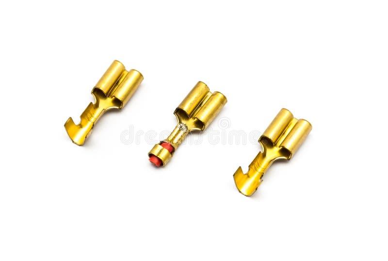 Connecteurs de terminal de cuir embouti d'or images stock