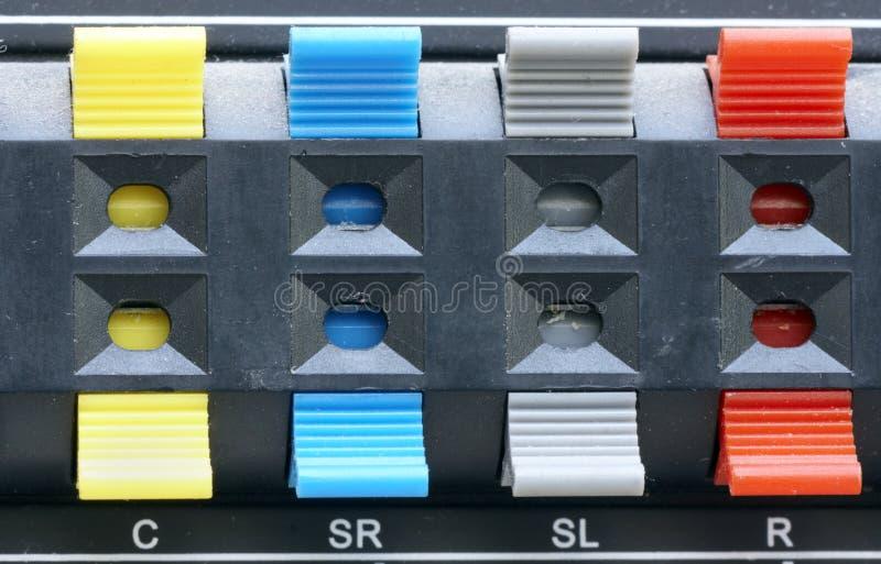 Connecteurs sonores colorés images stock