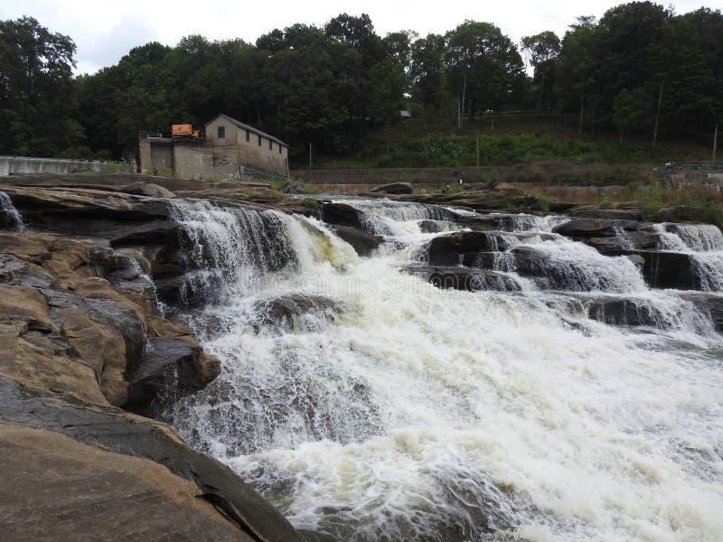 Connecticut Great Falls och hydroelektrisk fördämning royaltyfria bilder