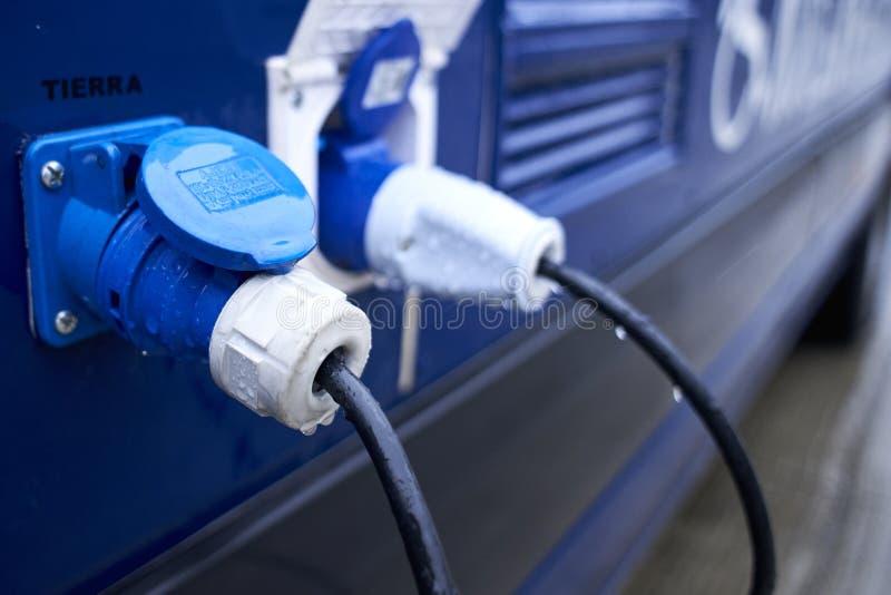 Connettori elettrici per alimentare veicolo fotografia stock