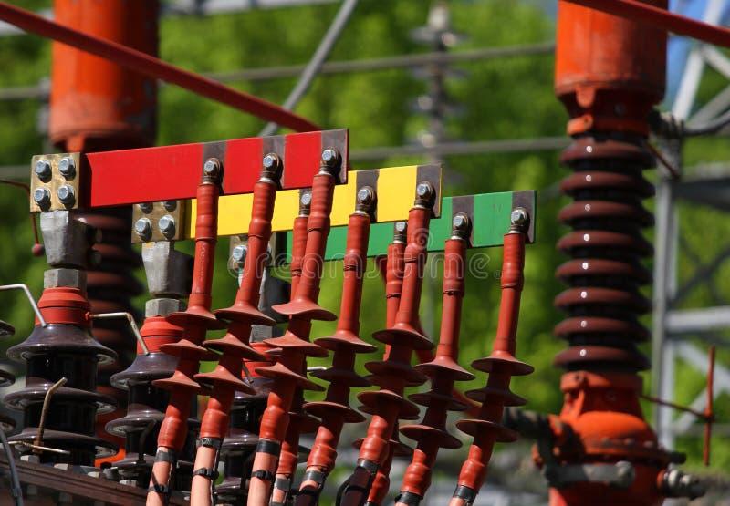 Connettori elettrici RED GREEN e giallo per collegamento il po fotografia stock libera da diritti