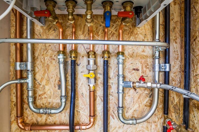 Connexion du chauffage et de l'eau chaude photo stock