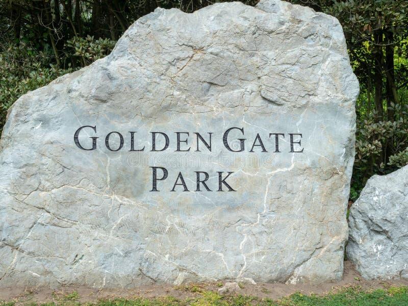 Connexion San Francisco de roche d'entrée de Golden Gate Park photo stock