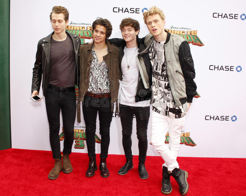 Connor Ball, Tristan Evans, James McVey und Brad Simpson der Vampe stockfotos
