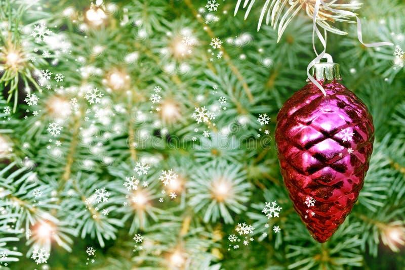 Cono del pino del juguete de la Navidad imágenes de archivo libres de regalías