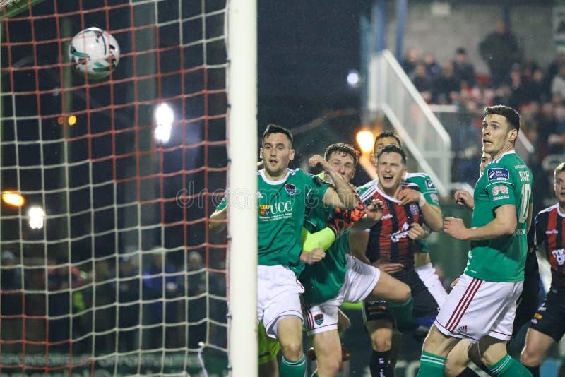 Conor McCarthy-de scores bij Liga van de Eerste Afdeling van Ierland passen Cork City FC versus Boheemse FC aan stock afbeelding