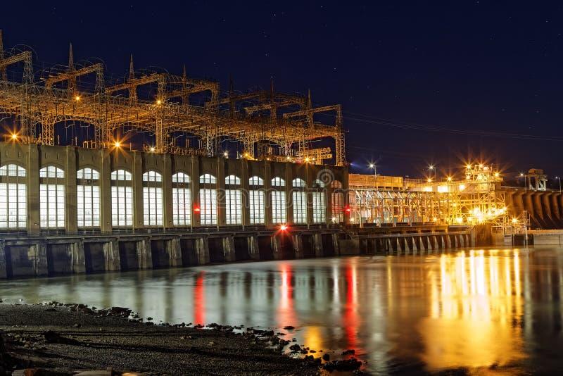 Conowingo fördämning på natten fotografering för bildbyråer