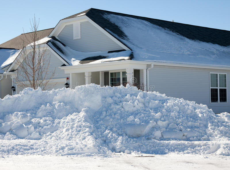 Conséquence de tempête de neige images stock