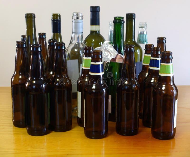 Consecuencias del alcohol del partido imagen de archivo