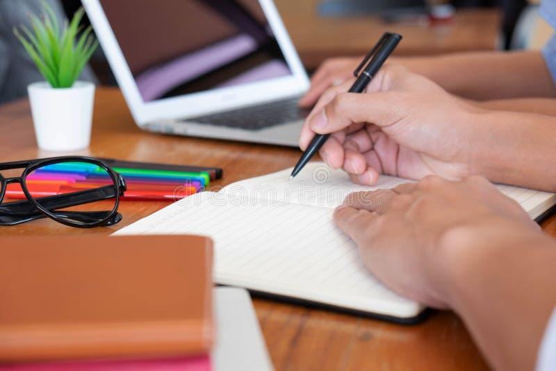 Conseils de enseignement d'éducation conseillant le conseil images libres de droits