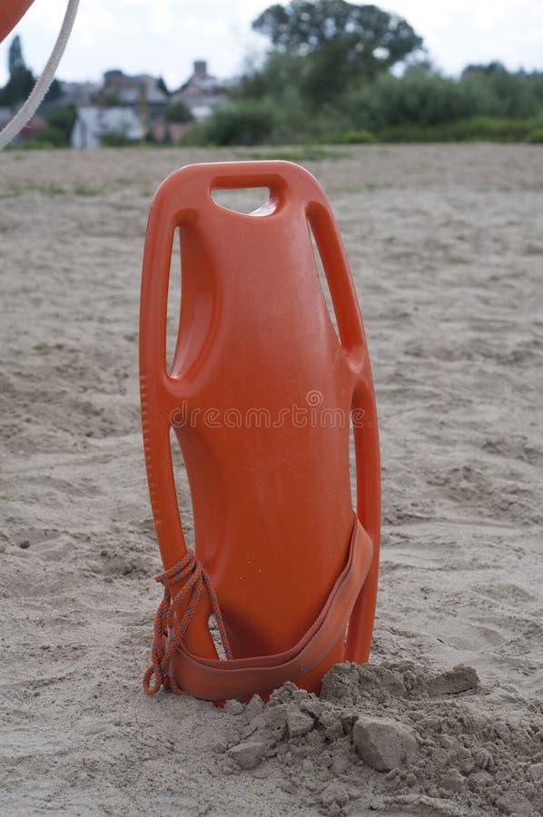 Conservante de vida no Sandy Beach foto de stock royalty free