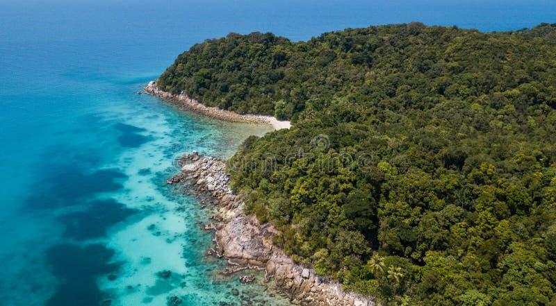 Console de Perhentian Vista aérea bonita de uma praia tropical paradisíaca imagens de stock royalty free