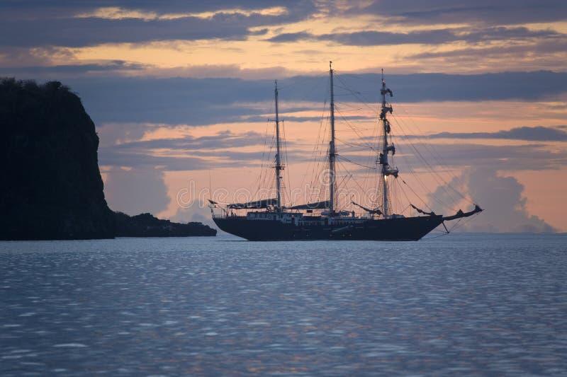 Consoles de Galápagos - navio de navigação fotografia de stock