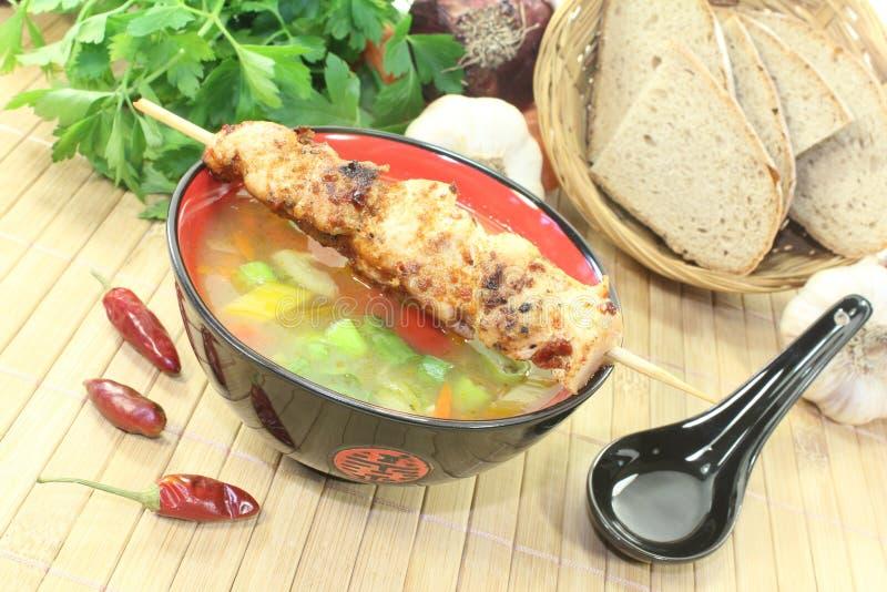 Consommè asiatico delizioso del pollo immagini stock