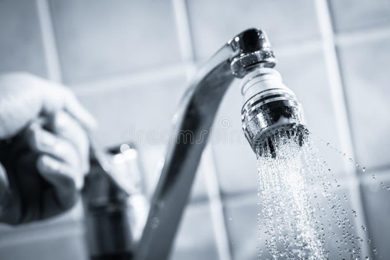 Consommation d'eau image libre de droits