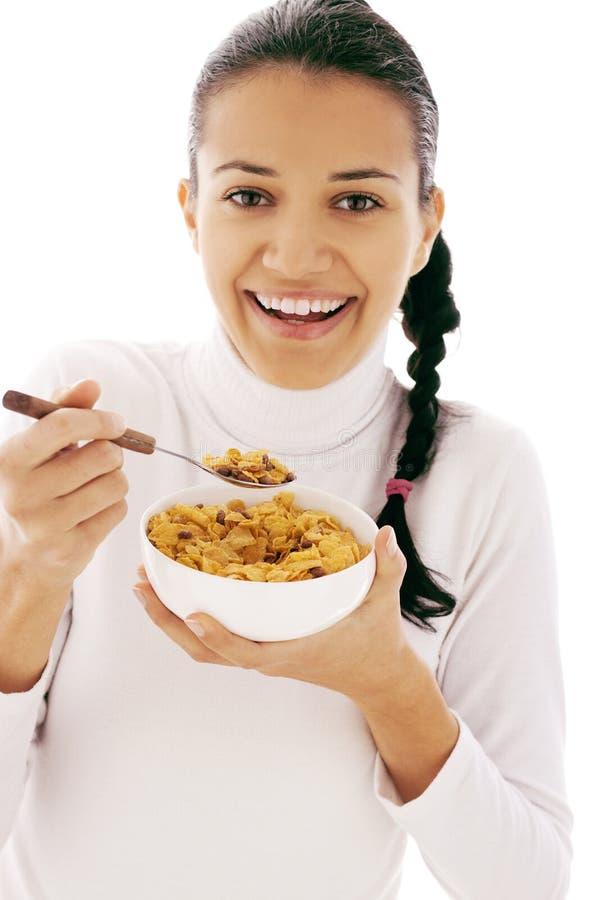 Consommation des cornflakes photos libres de droits