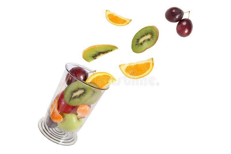 Consommation saine. Diverse mouche à fruit dans le pot de mélangeur. photos stock