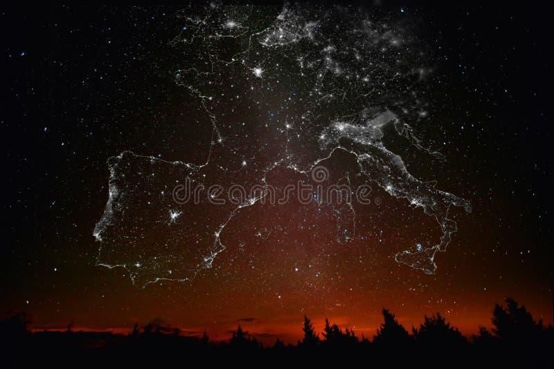 Constelaciones del mapa de Europa del paisaje de luces de la ciudad imagenes de archivo