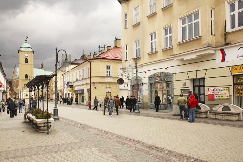 Constitución de la calle del 3 de mayo en Rzeszow polonia imagenes de archivo