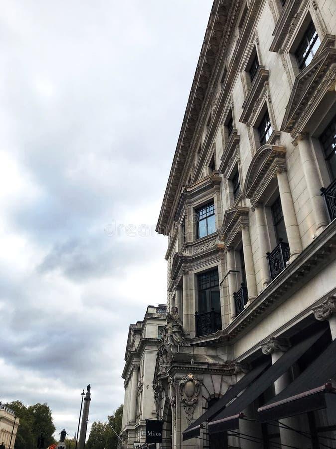 Construção agradável em Londres fotos de stock