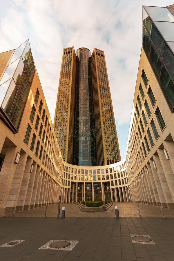 Construção alta de Francoforte, em Alemanha fotografia de stock royalty free