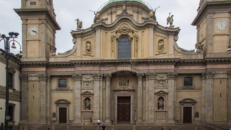Construção barroco velha em Milão foto de stock royalty free