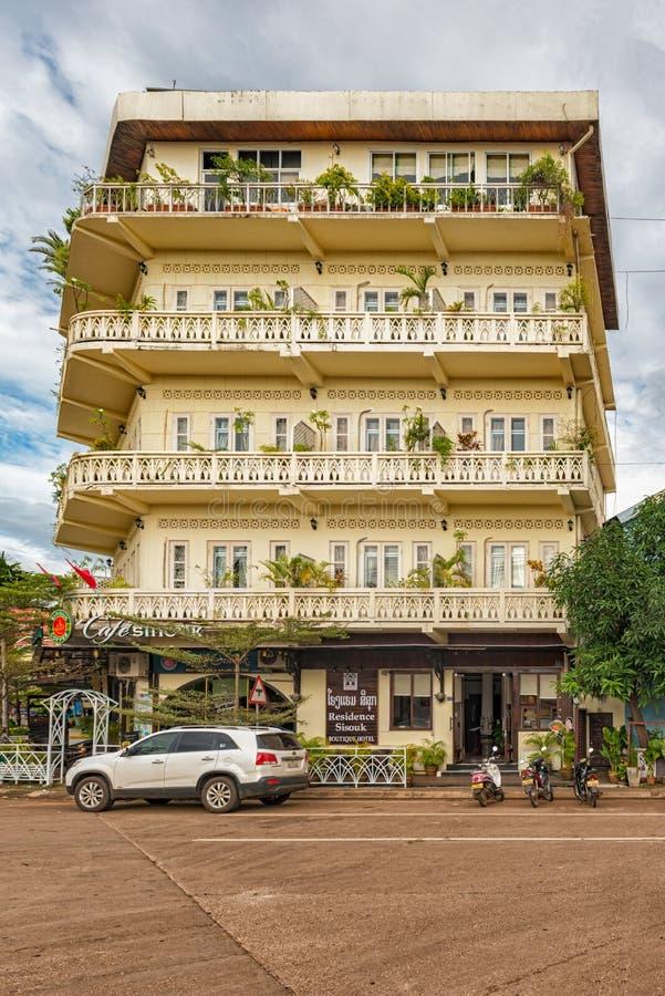 Construção colonial francesa em Pakse, Laos imagem de stock