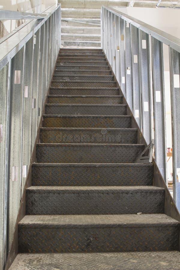 Construção comercial da escadaria imagem de stock royalty free