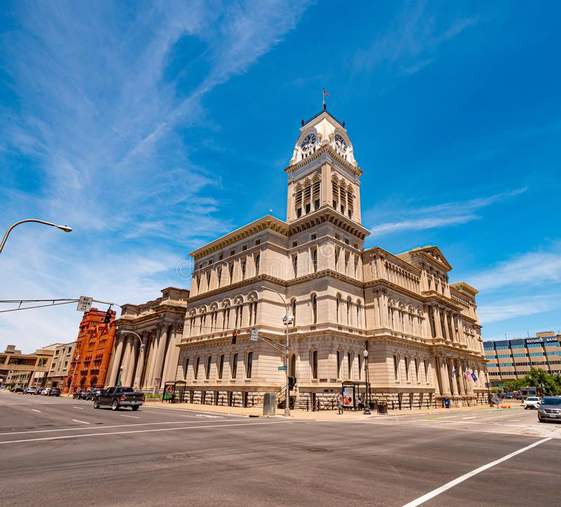 Construção da câmara municipal de Louisville - LOUISVILLE, EUA - 14 DE JUNHO DE 2019 foto de stock
