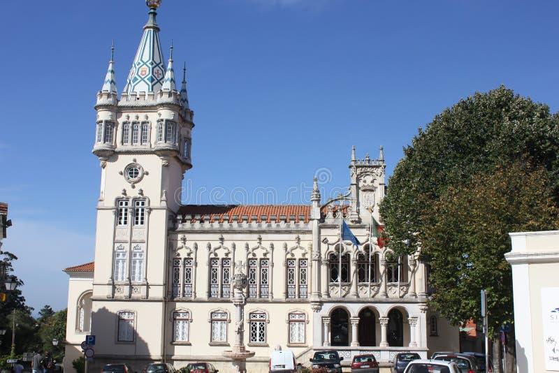 Construção da câmara municipal de Sintra, Portugal fotos de stock