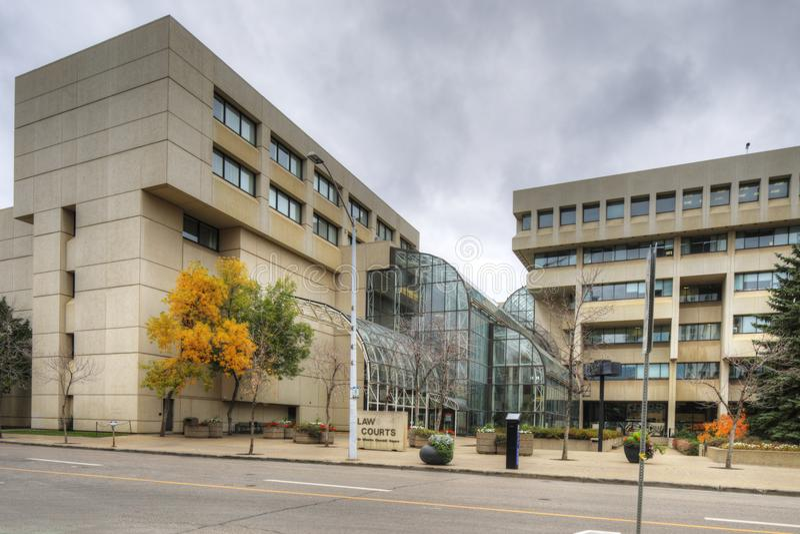 Construção da corte de lei em Edmonton, Canadá foto de stock royalty free