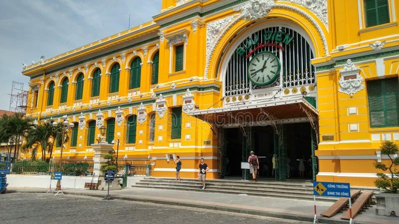 Construção da estação de correios central em Ho Chi Minh City (Saigon), Vietname imagens de stock