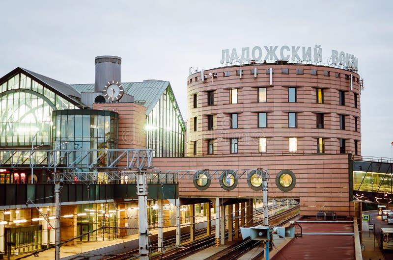 A constru??o da esta??o de Ladoga em St Petersburg E fotografia de stock royalty free