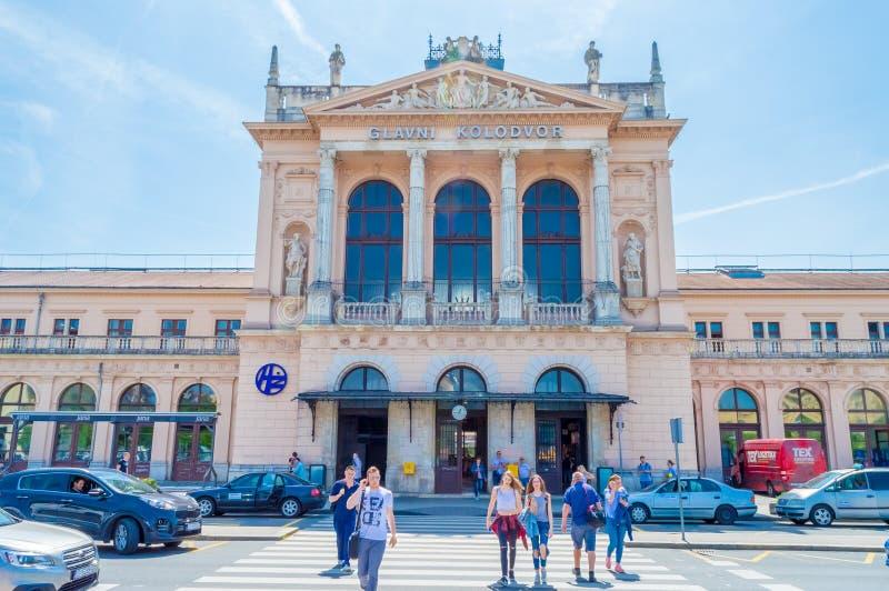 Construção da estação de trem central em Zagreb, Croácia fotografia de stock royalty free