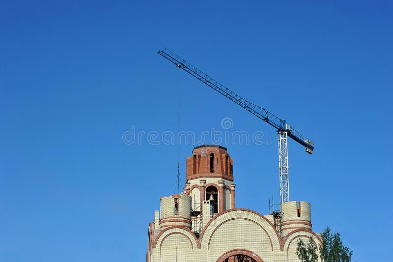 Construção da igreja ortodoxa em St Petersburg fotos de stock royalty free