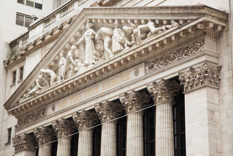 Construção de Bolsa de Nova Iorque em Manhattan - EUA - sta unido imagem de stock royalty free